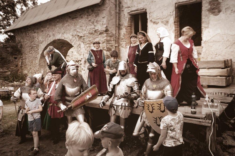 Trochu světla do historie hradu - letní akce